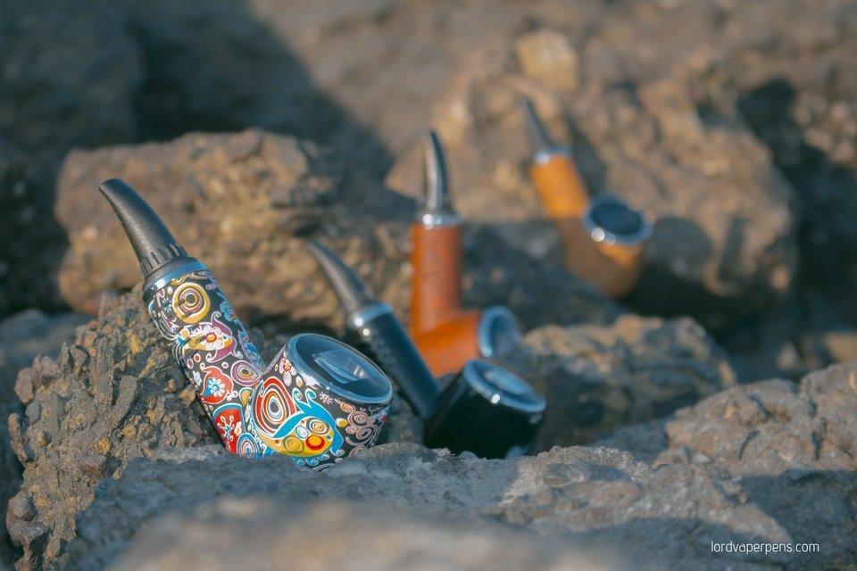 Lord Vaper Pens PipeVape dry herb vaporizer displayed